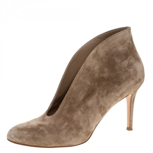 Gianvito Rossi Beige Suede Leather Ankle Booties Size 40