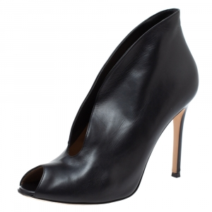 Gianvito Rossi Black Leather V-neck Peep Toe Ankle Booties Size 38.5