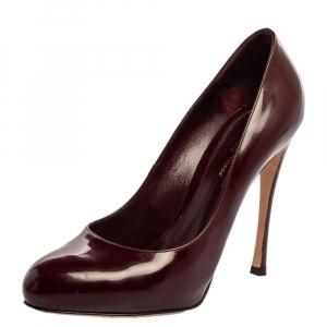 حذاء كعب عالي جيانفيتو روسي مقدمة مستديرة جلد لامع عنابي مقاس 39.5