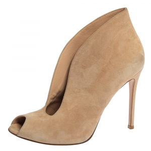 Gianvito Rossi Beige Suede V Neck Peep Toe Booties Size 39 - used