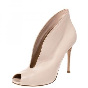 Gianvito Rossi Cream Leather Peep Toe Booties Size 40.5 - used