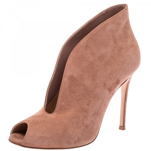 Gianvito Rossi Beige Suede Vamp Boots Size 37.5 - used