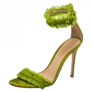Gianvito Rossi Green Suede Caribe Sandals Size 38 - used