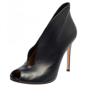Gianvito Rossi Navy Blue Leather Vamp Peep Toe Booties Size 38.5 - used