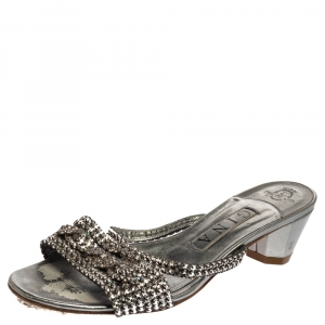 Gina Silver Leather Crystal Embellished Sandals Size 38 - used
