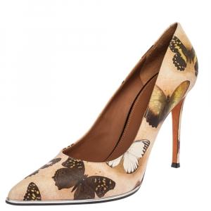 حذاء كعب عالي جيفنشي مقدمة مدببة مزين بفراشات ساتان بيج مقاس 40.5