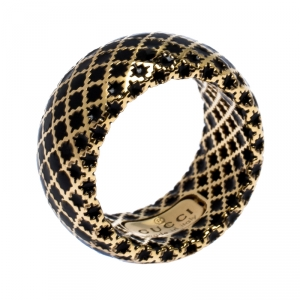 Gucci Diamantissima Black Enamel Yellow Gold Band Ring Size 50.5