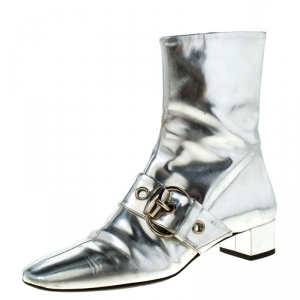 Gucci Metallic Silver Leather Buckle Detail Ankle Boots Size 37 - used