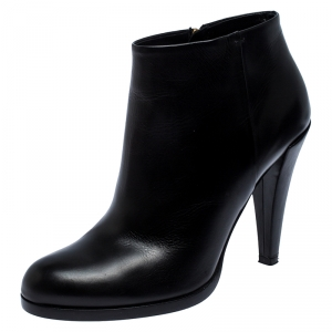 Gucci Black Leather Ankle Booties Size 38.5 - used