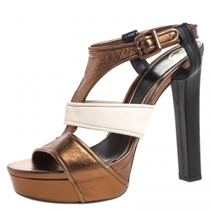 Gucci Metallic Bronze And Offwhite Leather Strappy Platform Sandals Size 40.5 - used