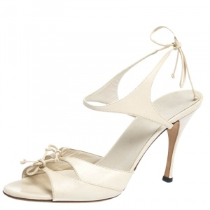 Gucci Cream Leather Open Toe Ankle Strap Sandals Size 39 - used