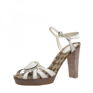 Gucci Cream Leather Crest Heart Ankle Strap Sandals Size 39.5