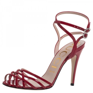 Gucci Red Patent Leather Strappy Ankle Strap Sandals Size 38.5 - used