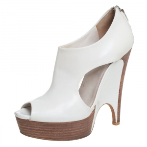 Gucci White Leather Cut Out Peep Toe Platform Booties Size 39 - used