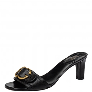 Gucci Black Leather Sachalin Buckle Detail Slide Sandals Size 38 - used