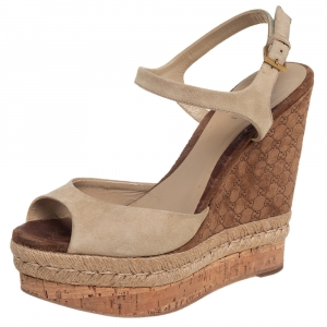 Gucci Beige Suede Hollie Wedge Sandals Size 37