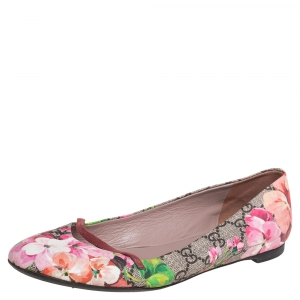 Gucci Beige/Pink GG Blooms Coated Canvas Ballerina Flats Size 38
