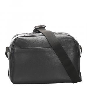 Louis Vuitton Black Leather Taiga Reporter PM Bag