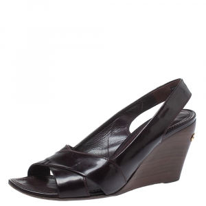 Louis Vuitton Burgundy Patent Leather Amarante Wedge Slingback Sandals Size 38.5 - used