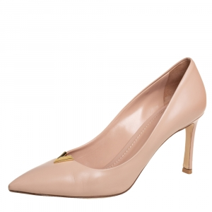 Louis Vuitton Beige Leather Heartbreaker Pump Size 38.5
