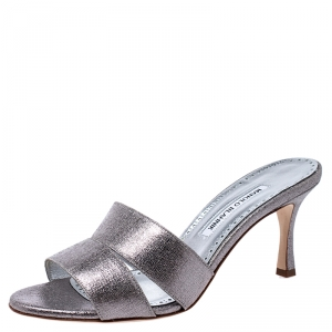 Manolo Blahnik Metallic Silver Leather Lacopo Open Toe Sandals Size 38