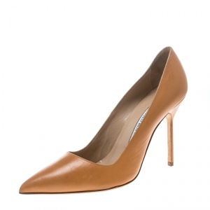 Manolo Blahnik Peach Leather BB Pointed Toe Pumps Size 38.5