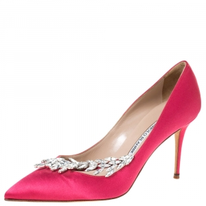 Manolo Blahnik Pink Satin Jewel Embellished Nadira Pumps Size 38.5
