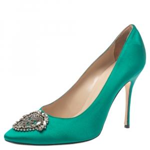 Manolo Blahnik Green Satin Crystal Embellished Okkato Pumps Size 40.5