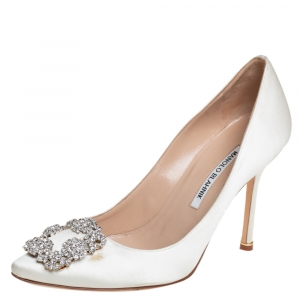 Manolo Blahnik White Satin Hangisi Crystal Embellished Pumps Size 38