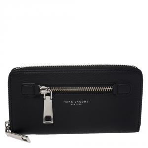Marc Jacobs Black Leather Gotham Zip Around Wallet