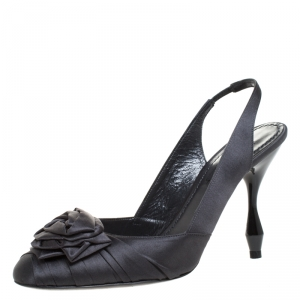 Marc Jacobs Graphite Satin Ruffle And Rose Detail Round Toe Slingback Sandals Size 36.5 - used