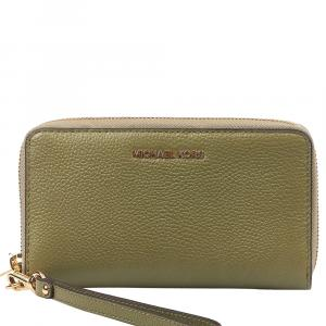 "Michael Kors Green Leather ""Jet Set"" Wallet"