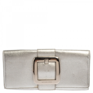 MICHAEL Michael Kors Metallic Silver Leather Buckle Detail Flap Clutch