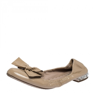 Miu Miu Beige Patent Leather Bow Crystal Embellished Ballet Flats Size 38 - used