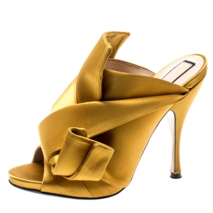N°21 Mustard Yellow Satin Ronny Pleated Mules Size 37.5