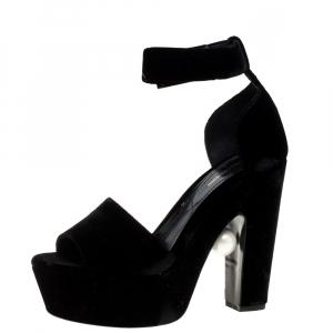 Nicholas Kirkwood Black Velvet Pearl Embellished Ankle Cuff Platform Sandals Size 38 - used