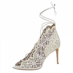 Nicholas Kirkwood White Laser Cut Leather and Patent Leather Lace Up Booties Size 40.5 - used