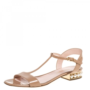 Nicholas Kirkwood Beige Patent Leather Casati Faux Pearl Embellished T Strap Sandals Size 38 - used