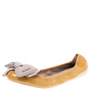 Prada Mustard Patent Leather Bow Ballet Flats Size 39 - used