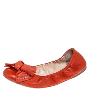 Prada Red Leather Bow Logo Scrunch Ballet Flats Size 40.5 - used