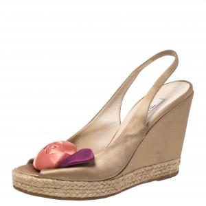 Prada Beige Satin Rose Bud Embellished Peep Toe Slingback Wedge Sandals Size 38 - used