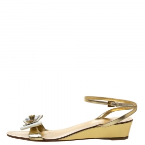 Prada Metallic Gold Leather And Patent Bow Ankle Strap Wedge Sandals Size 40 - used