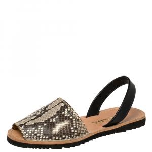 Prada Grey Python and Leather Flat Slingback Sandals Size 39.5 - used