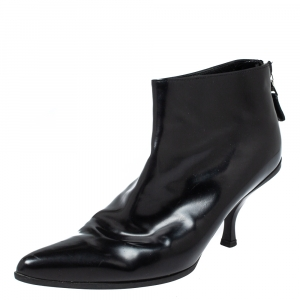Prada Black Patent Leather Ankle Booties Size 37.5 - used