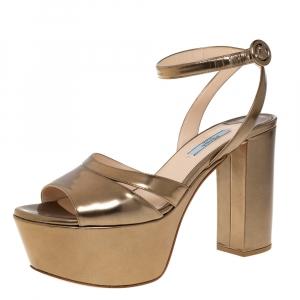 Prada Olive Green Patent Leather Platform Block Heel Ankle Strap Sandals Size 39 - used