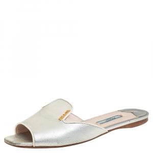 حذاء فلات سلايد برادا جلد سافيانو فضي مقاس 36.5