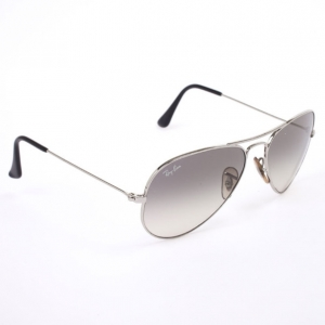 Ray-Ban Silver Rimmed Unisex Aviators 55