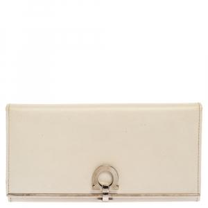Salvatore Ferragamo Off White Leather Gancini Icona Continental Wallet