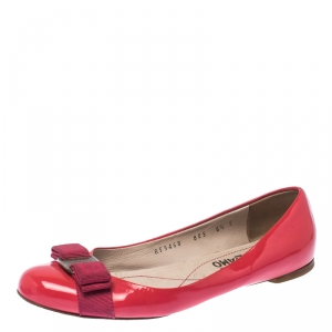 Salvatore Ferragamo Pink Patent Leather Vara Bow Ballet Flats Size 37 - used