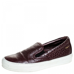 Salvatore Ferragamo Burgundy Croc And Ostrich Embossed Leather Pacau Slip On Sneakers Size 38.5 - used
